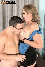 Catrina screws her superlatively priceless friend's son