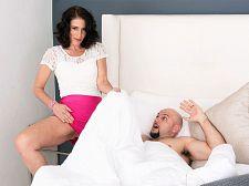 Keli Richards acquires her old gazoo pounded